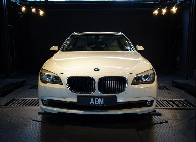 2012 BMW 730LI