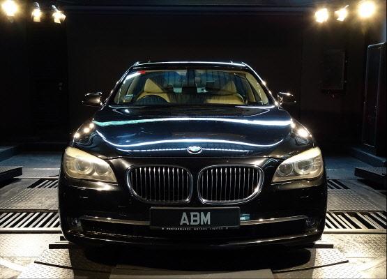 2009 BMW 730LI