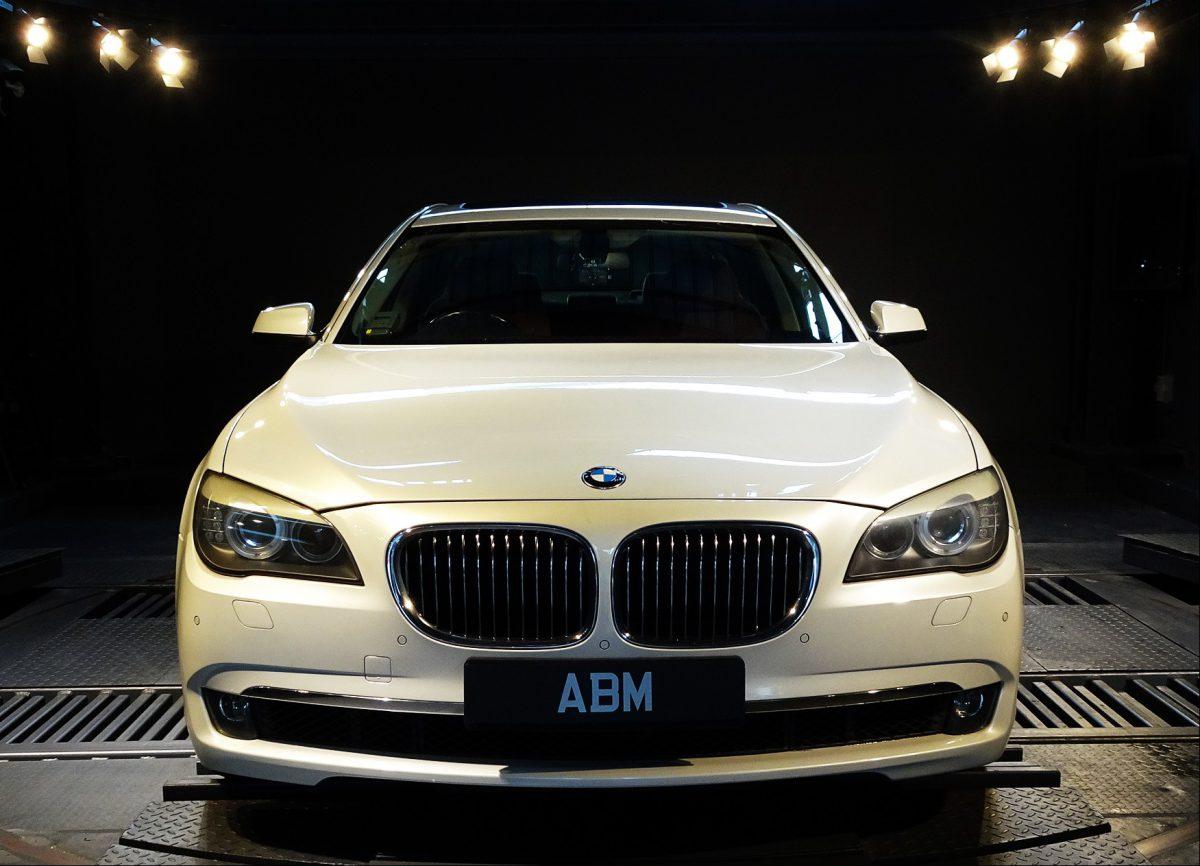 [SOLD] 2010 BMW 740Li