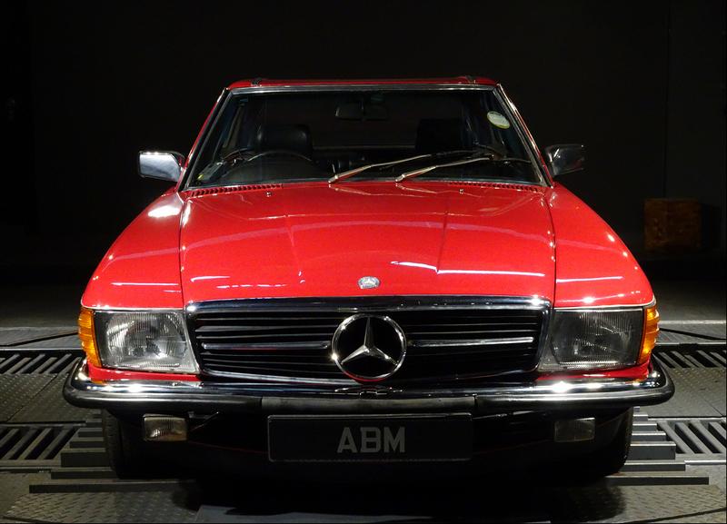 1982 MERCEDES 280SL